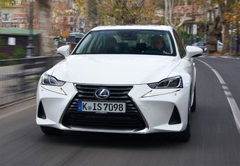 Nuevo Lexus IS 300h Executive Navibox