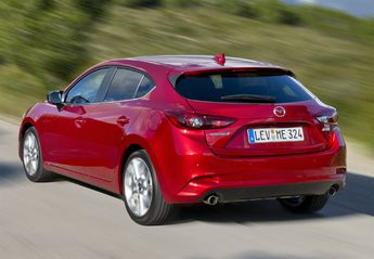 Nuevo Mazda 3 3 1.5 Black Tech Edition 105