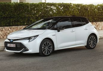 Nuevo Toyota Corolla Sedan 125H Business Plus Rueda De Repuesto