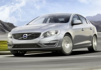 Nuevo Volvo S60 D4 R-Design Momentum AWD Aut.