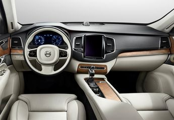 Nuevo Volvo XC90 B5 Momentum Pro AWD Aut.