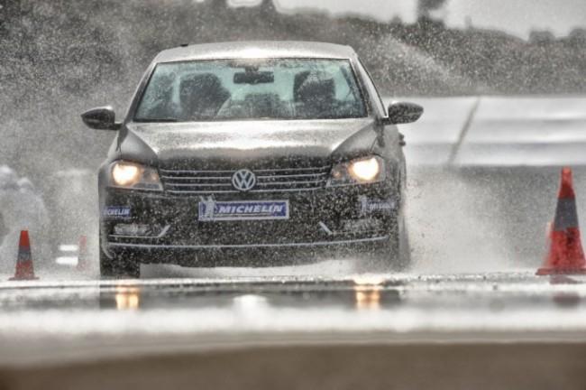 Michelin y el RACC analizan las prestaciones de los neumáticos de cara a la nueva etiqueta
