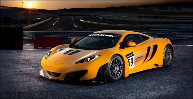 McLaren prueba los MP4-12C GT3 para su entrega en 2012 a equipos privados