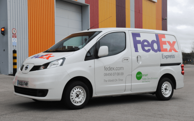 FedEx y Nissan ponen a prueba el prototipo NV200EV