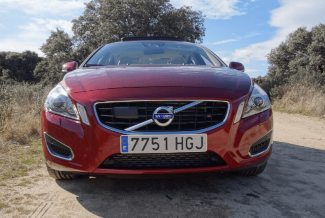 Volvo S60: The Old Car vs the New one (Parte II)