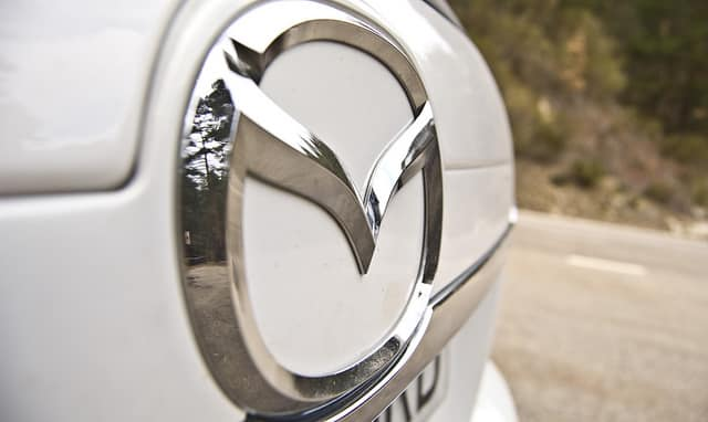El cheque bebé ha vuelto de las manos de Mazda