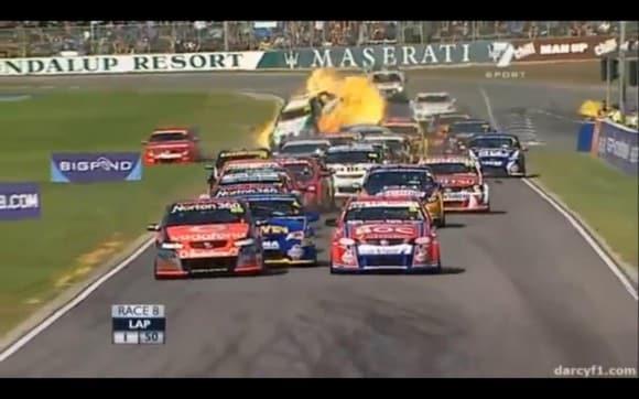 La espectacularidad de la V8 Supercars