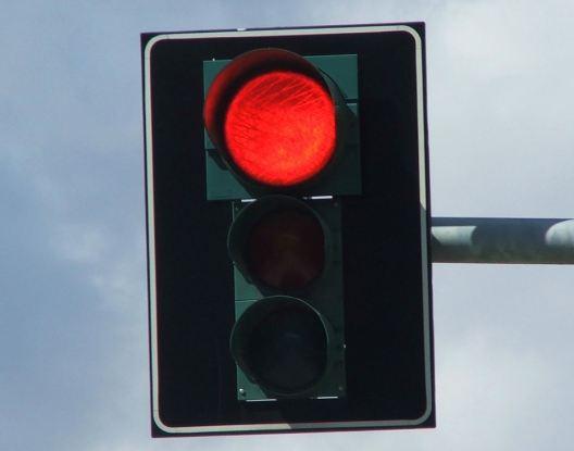 ¿Leyes contra la seguridad vial?