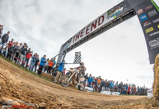 Primera victoria de la temporada para Iván Cervantes con KTM