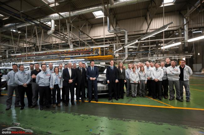 La planta de Nissan en Barcelona recibe la visita del ministro de industria