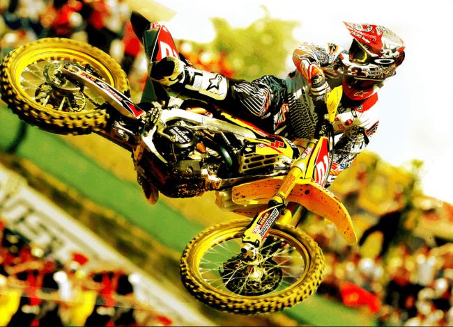 Suzuki continúa su apuesta por el Motocross