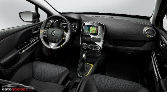 interior renault clio estate
