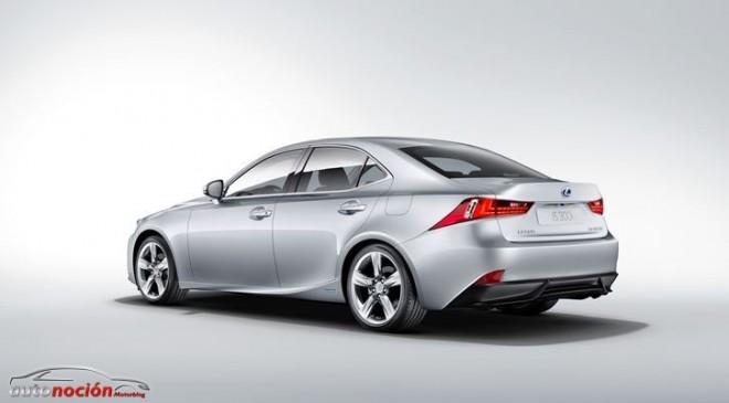 El Lexus IS 300h llegará en Junio, desde 35.900€
