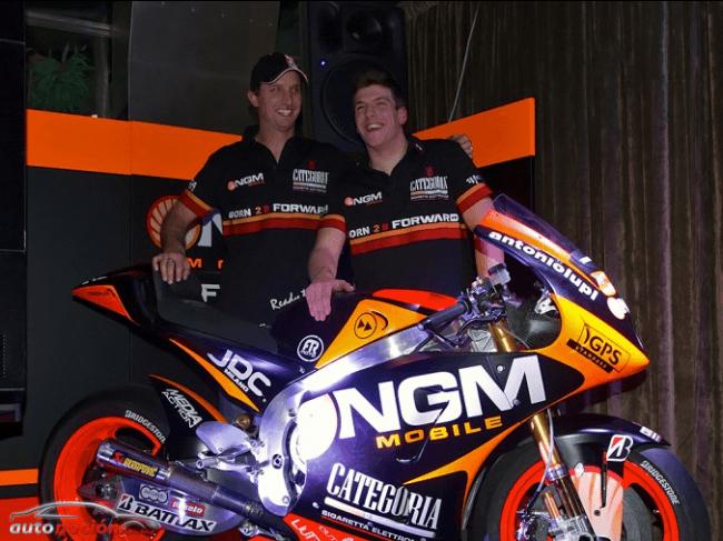 NGM Mobile Forward Racing presenta a su equipo 2013 en Milán
