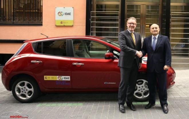 Nissan cede un LEAF al IDAE para el estudio de los eléctricos