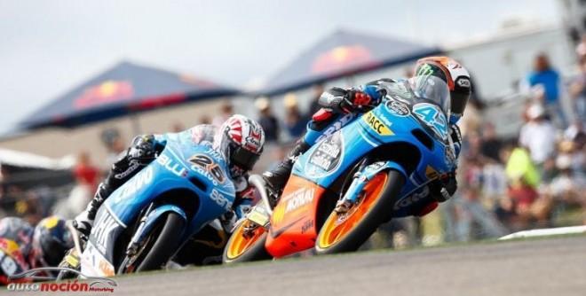 Moto3: Rins gana una dramática carrera al sprint en Texas
