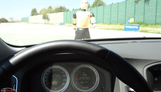 ¡Atención!: Un test revela que los sistemas de detección de peatones y freno automático fallan en la mayoría de las ocasiones