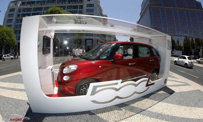 """Un Fiat 500L """"de juguete"""" en la Puerta de Alcalá"""