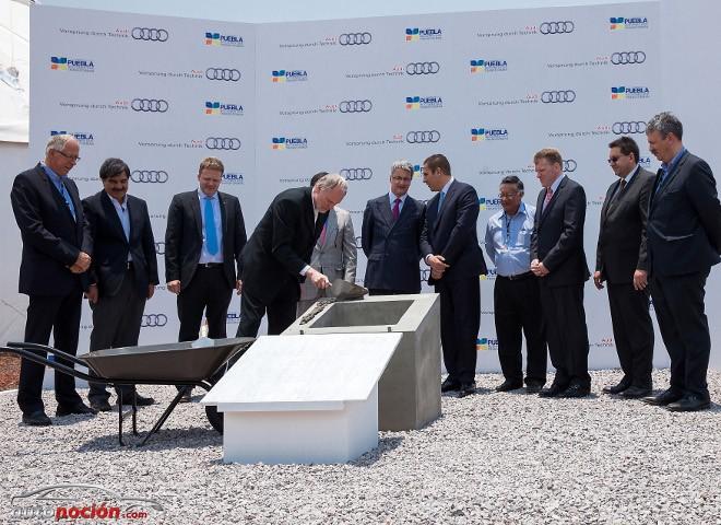 Audi coloca la primera piedra de su fábrica de Mexico
