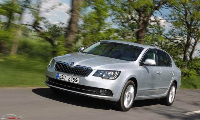 El renovado Škoda Superb es más eficiente, igual de grande y mucho más tecnológico