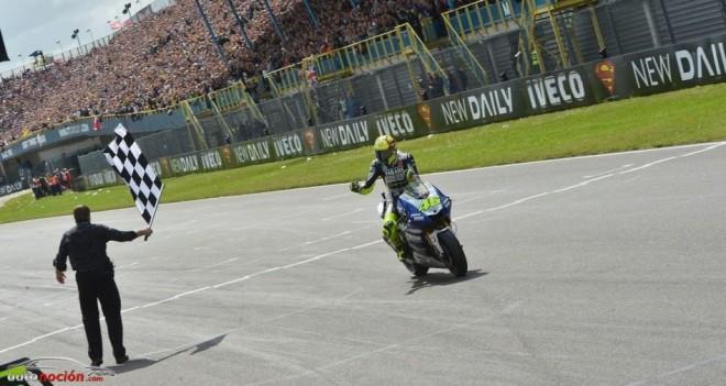 MotoGP: Rossi vuelve a tocar la gloria en 'La Catedral' del motor