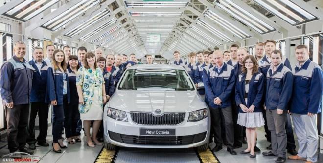 Škoda inicia la fabricación del Octavia en Rusia de la mano de VGR y GAZ