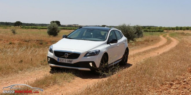 V40 Cross Country camino
