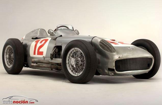 Mercedes W196R de Juan Manuel Fangio subastado por más de 22 millones de Euros