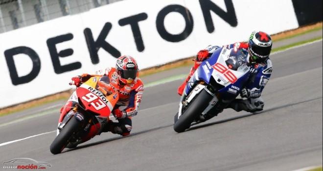 MotoGP: Lorenzo se impone a Márquez que se dislocó la clavícula en el Warm Up