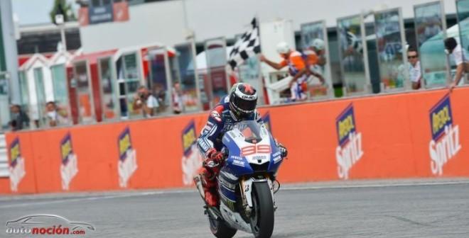 Escapada y victoria de Lorenzo en San Marino