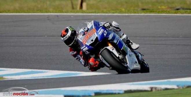 Lorenzo gana en Australia y Márquez es descalificado