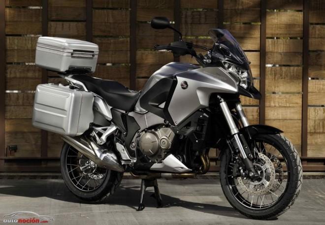 Honda Crosstourer, con maletas y top box trasero de regalo