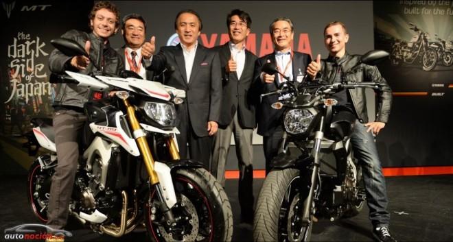Lorenzo y Rossi presentan las nuevas Yamaha en Milán