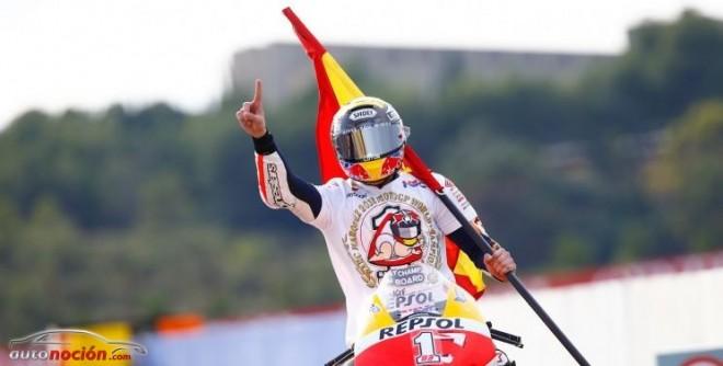 Lorenzo gana en Valencia, Márquez se corona campeón de MotoGP
