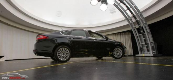 Ford Fusión Híbrido Automatizado:cada vez más cerca de la conducción autónoma