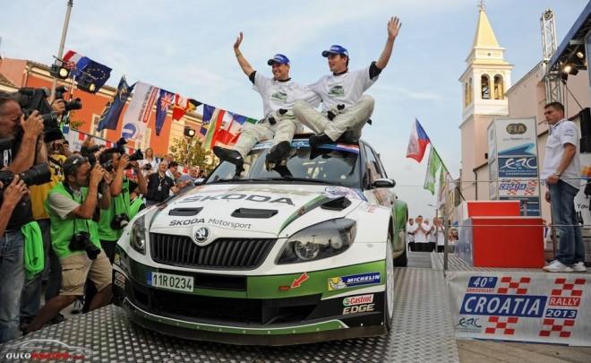 El Škoda Fabia 2000 ya tiene sucesor: Nuevo Fabia R5 para 2015