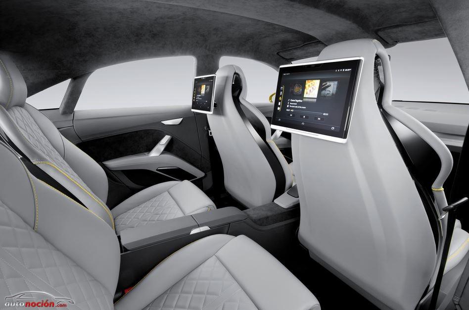 Audi-TT-Offroad-interior1.jpg