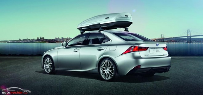 El Lexus IS estrena una exclusiva gama de accesorios