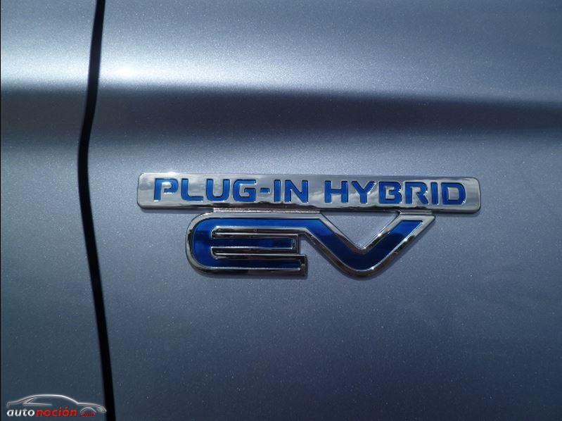 Toma de contacto Mitsubishi Outlander PHEV: Completo en todos los sentidos