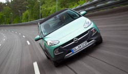 Opel Adam Rocks4