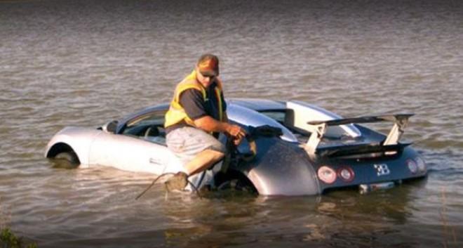 Simula un accidente con un Bugatti Veyron y ahora se enfrenta a 20 años de prisión