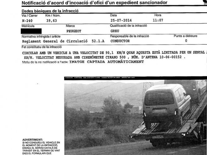 Multan por exceso de velocidad a un vehículo que iba en grúa…