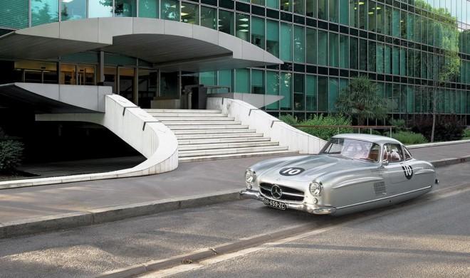 Así serían los modelos clásicos en el futuro: Sin ruedas y levitando…, bastante original