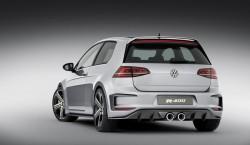 Volkswagen Golf R 400 01