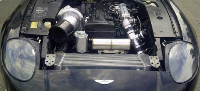 ¿Y si montamos el motor de un Toyota Supra en un Aston Martin DB7?: Interesante trasplante