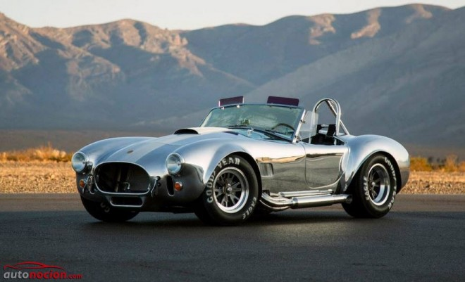 Shelby Cobra 427 50th Anniversary: Disponible en enero desde 98.738 euros al cambio