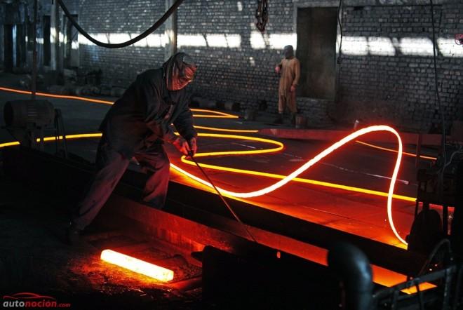 Ojo, han descubierto un nuevo acero tan fuerte como el titanio pero mucho más ligero, flexible y económico