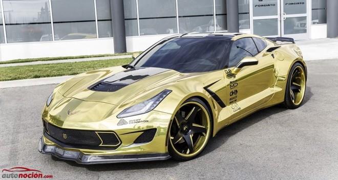 El Corvette Stingray pasa por Forgiato y sale de su taller con una piel dorada cromada espectacular