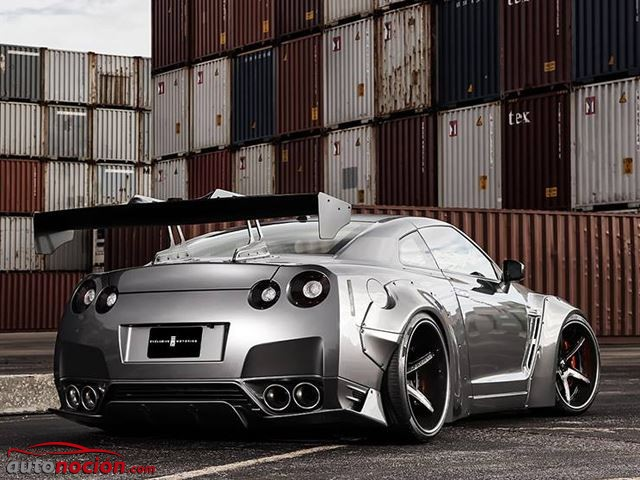 Nissan GT-R Liberty Walk (8)