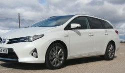 Toyota Auris Touring Sports HSD 23